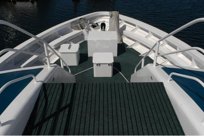 Lad M bow deck