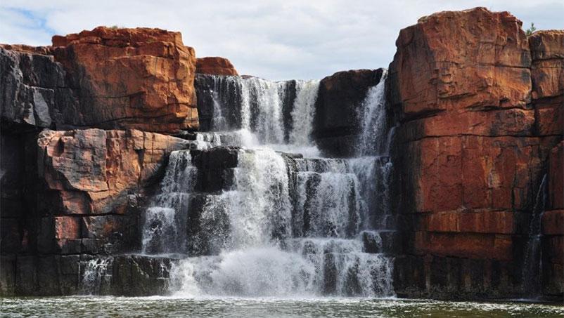 Eco Abrolhos Berkley falls