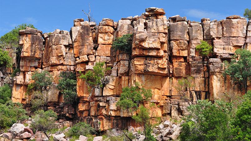 Eco Abrolhos kimberley cliffs