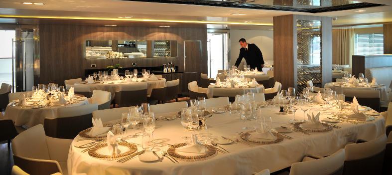 Ponant dining
