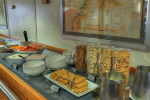 Coral Expeditions I buffet